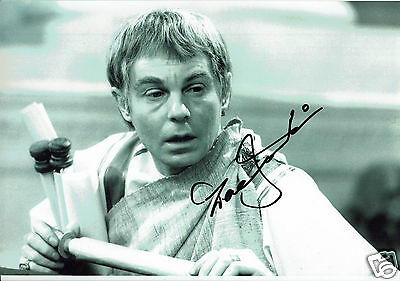 Derek Jacobi Actor I Claudius Hand Signed   Photograph  12 x 9