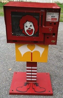 NEWSPAPER- MACHINE-REFURBISHED-McDONALDS PREMIER DISPLAY RACK. VERY RARE.