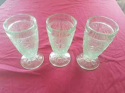 Tiara Indiana Glass (Set of 3)  Chantilly Green Sandwich 10 oz Footed Tumblers