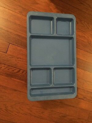 Lot 20 Assorted  Cafeteria Trays, Lunch Food Meal Divided