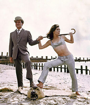 PATRICK MacNEE & DIANA RIGG UNSIGNED PHOTO - 4750 - THE AVENGERS