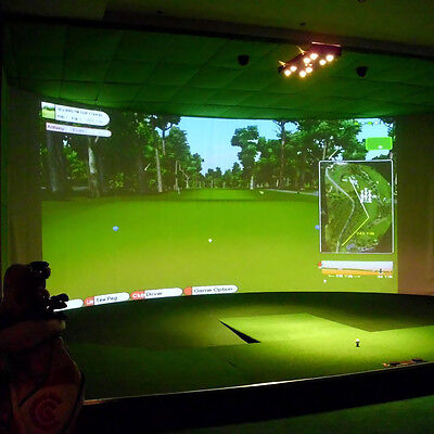 300*300cm Golf Simulator Projector System Unique Hitting Impact White Screen