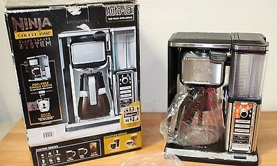 Ninja Coffee Bar Brewer Glass Carafe System Auto-IQ Single Serve Frother CF090