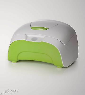 NEW ~ Prince Lionheart wipes WARMER pop! - Green