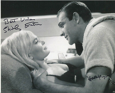 Shirley Eaton SIGNED photo - J1065 - James Bond - Goldfinger