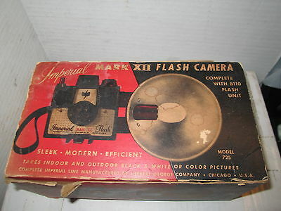 Vintage IMPERIAL MARK XII Camera w Flash Unit in Original Box.