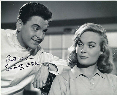 Shirley Eaton SIGNED photo - J1043 - Dentist on the Job
