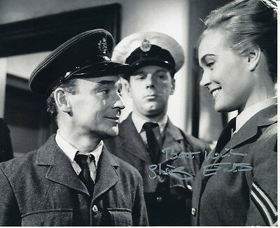 Shirley Eaton SIGNED photo - J1050 - Carry On Sergeant
