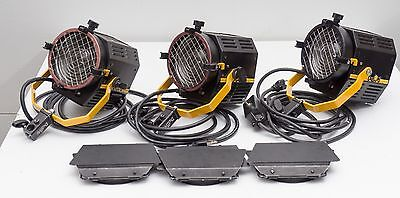 Lot of 3 Desisti Magis Mod300 Fresnel Lights with barn doors and stands