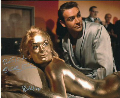 Shirley Eaton SIGNED photo - J1097 - James Bond - Goldfinger
