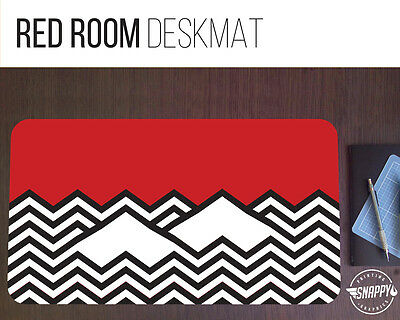 "Twin Peaks Red Room Desk Mat - 12"" x 22"" - Black Lodge Pattern Extended Mousepad"