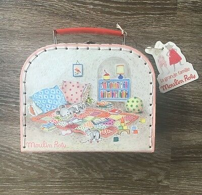 Moulin Roty La Grande Famille Baby Valise Doll Playset Suitcase Imagination