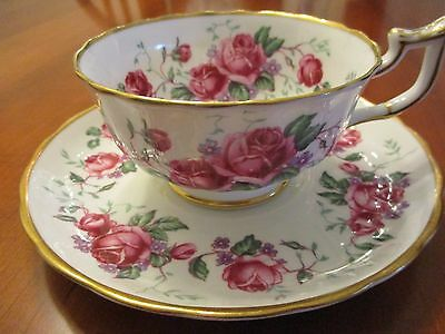 Royal Chelsea Bone China Tea Cup & Saucer Set White With Pink Roses England