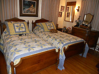 BEAUTIFUL Antique FRANCE French bedroom set