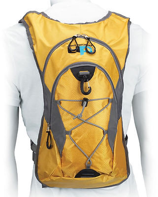 Ultimate Performance Lomond Running Hiking Hydration Backpack 3L include bladder