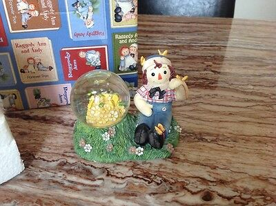 Raggedy Anne And Andy Butterflies And Waterball Enesco Gift Idea