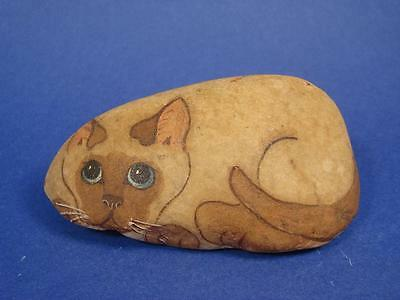 "Beautiful Pet Rock  Cat Hand Painted On A Stone 4 1/4"" Long Artist Signed"