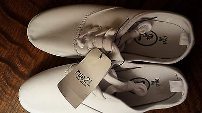 Nwt Rue 21 White Tennis Shoes Sneekers Women's Size M 7/8