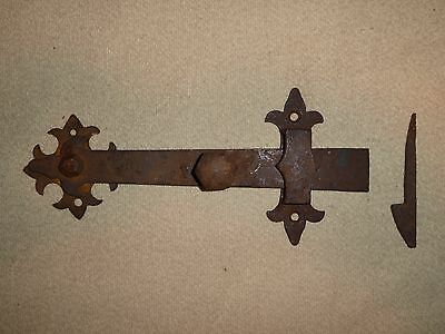 RARE LARGE ORNATE 19th C OLD ORIGINAL EARLY WROUGHT IRON BARN DOOR LEVER LATCH