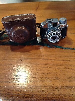 Vintage Subminiature MIGHTY Toko Occupied Japan Miniature Spy Camera w Case