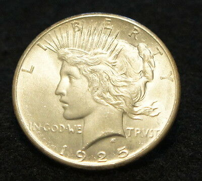 1925 Peace Silver Dollar in UNC Condition 90% SILVER BETTER DATE Coin!!