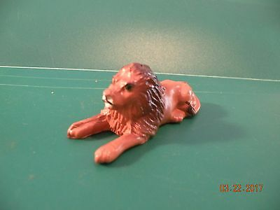 LION  LAYING DOWN Proud King VINTAGE BRITAINS lead toy FIGURE R13
