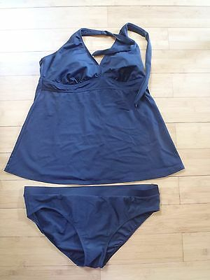 Liz Lange Size Large Maternity Swimsuit