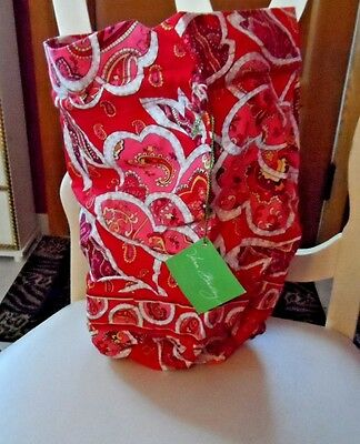 Vera Bradley ditty bag in Rosy Posies pattern NWT