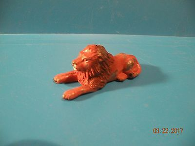 LION King of the jungle VINTAGE BRITAINS lead toy FIGURE R24