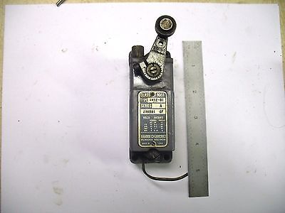 Vintage Square D Class 9007 Aw12-B1 Series A Limit Switch