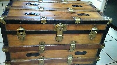 1800's Antique Flat Top Steamer Trunk Chest has working lock and key
