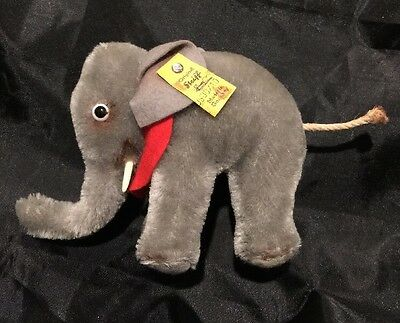 Vintage Steiff Elephant- Germany- 0500/10