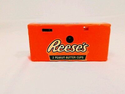 vintage 1990s Reeses 35mm camera. Lot(292)