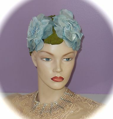 Gorgeous! Vintage! 1940s Betmar FLORAL ~Hat~ Unbelievable Silk & Velvet FLOWERS