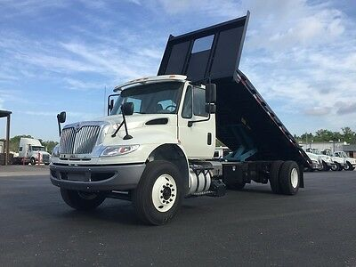 2017 International 4300 - Unit# 4712 Truck Tractors