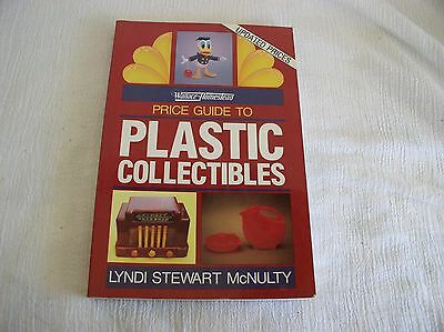 Wallace Homestead Plastic Bakelite Collectibles Identification Price Guide Book
