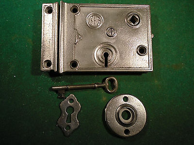 VINTAGE RHC READING HARDWARE RIM LOCK  w/KEY, KEEPER & ESCUTCHEONS! (7958)