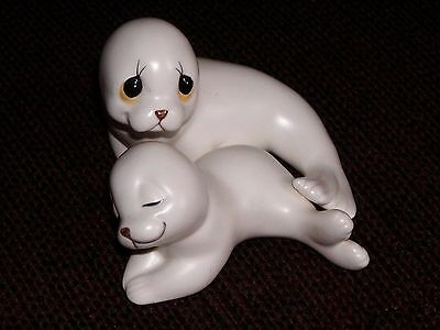 Mother Seal & Pup Figurine, Made In Mexico by OXFORD
