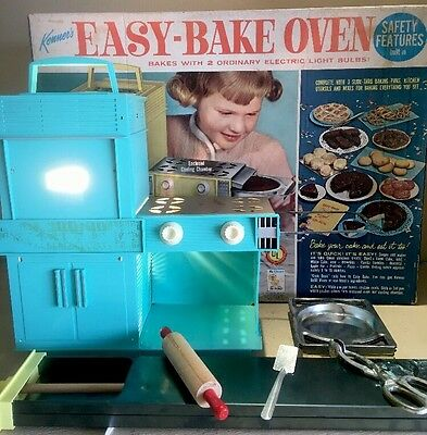 Kenner Easy Bake Oven 1964 Original Box w/Accessories No. 1600
