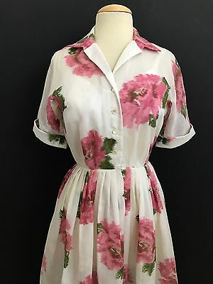 Vintage 1950's Muted Floral L'aiglon Day Dress
