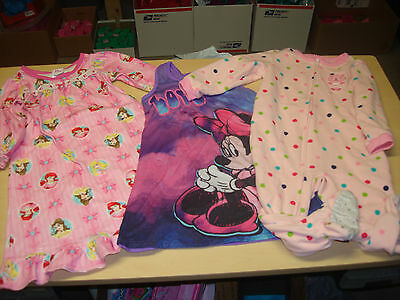 3pc pajamas lot Princesses, Minnie Mouse nightgown, blanket sleeper Size 2T GUC