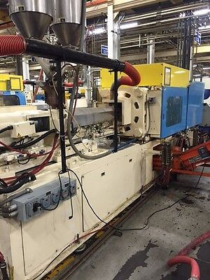 1996 Nissei 237-Ton Plastic Injection Molding Machine