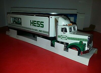 1992 Hess Truck 18 Wheeler & Racer Lights Up - Racer with Friction Motor - NEW