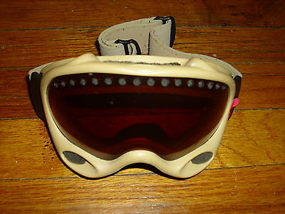 Used ADULT Oakley Ski/Snowboard Goggles
