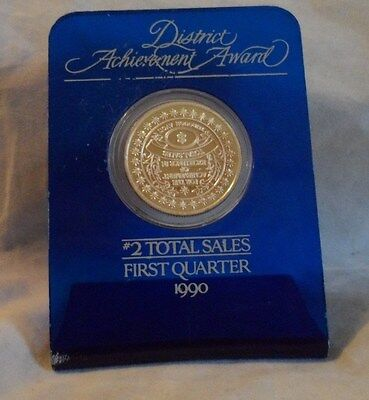 AVON 1/2 Troy oz. .999 Fine Silver Bullion  Round With Display Stand F/S