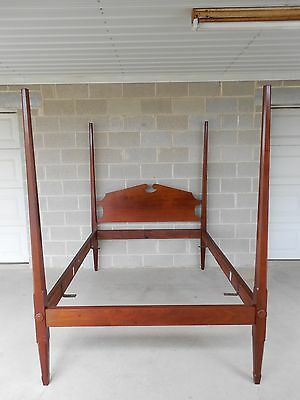 Custom Vintage Mahogany Full Size Primitive Style Pencil Poster Bed