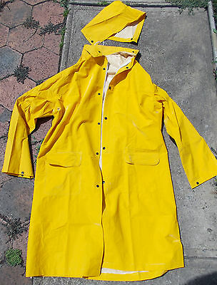 Mens Waterproof PVC Raincoat  Zip/Studs 3/4 length Yellow  sz MEDIUM & 3XL