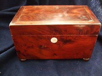 Antique walnut/mahogany Georgian Victorian wooden tea caddy - box