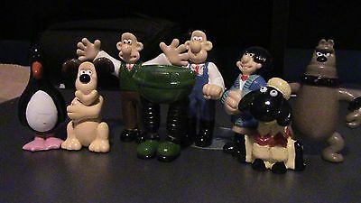 Wallace and Gromit variety of figures