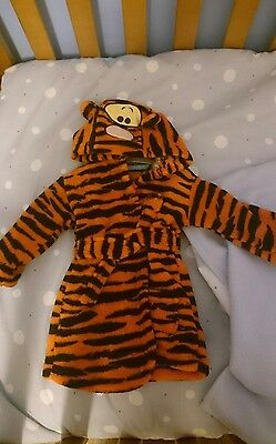 Baby dressing gown 0-6 months